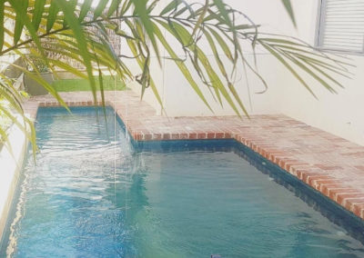 unique-pools-031