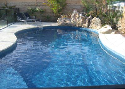 unique-pools-037