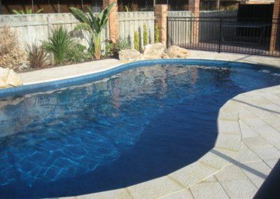 unique-pools-038