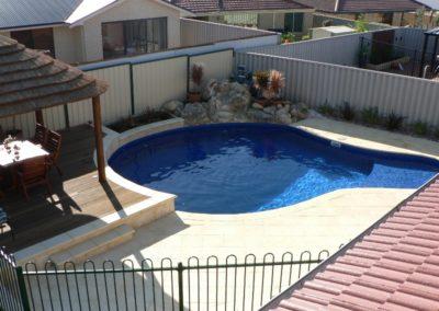 unique-pools-044